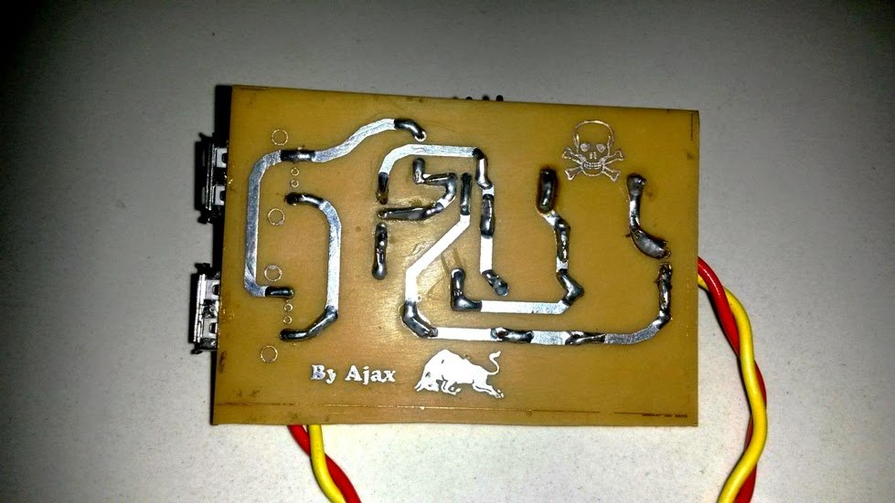DC Double Cell Phone Charger PCB Track side view