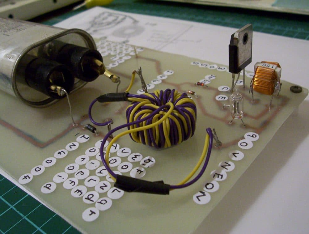 Sec Exciter Powered Hv Capacitor Charger Circuit